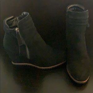 Leather Wedge ankle booties